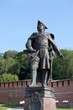 De muur en Peter van het Kremlin het Grote monument in Nizhny Novgorod, Ru stock afbeeldingen