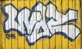 De muur met stadsgraffiti royalty-vrije stock afbeeldingen