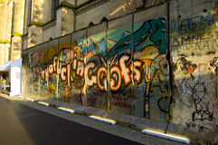 De muur van Berlijn van het vertoningsfragment in de stad van Bazel, Zwitserland Royalty-vrije Stock Foto