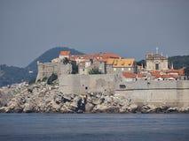 De muur van de Dubrovnikstad Stock Afbeeldingen