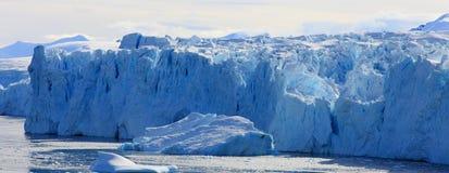 De muur van de gletsjer Stock Afbeeldingen