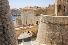 De muur van Dubrovnikkroatië Stock Foto's