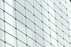 De muur van het glas in een modern gebouw Royalty-vrije Stock Afbeelding