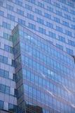 De muur van het glas van commercieel centrum Stock Foto's