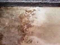 De Muur van het Grunge Vuile Geroeste Pleister Achtergrond Als achtergrond Stock Fotografie