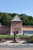 De muur van het Kremlin, Toren van Conceptie en Peter Groot monument i stock foto's