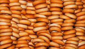 De muur van ongezuurde broodjes. Stock Fotografie