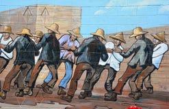 De muurschildering vertelt het verhaal van Chemainus stock foto