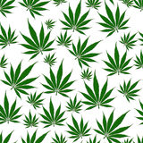 De Naadloze Achtergrond van het marihuanablad Stock Afbeeldingen