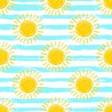 De naadloze, gestreepte achtergrond van het zonpatroon Hand getrokken gele zonneschijnpictogrammen vector illustratie