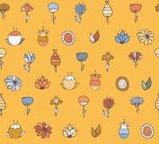 De naadloze modieuze textuur met kleurrijke krabbel bloeit, eenvoudig, handdrawn op gele achtergrond Patroon met borstel wordt ge Stock Foto