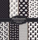De naadloze patronen van Halloween Beeldverhaal polair met harten Stock Foto's