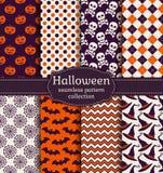 De naadloze patronen van Halloween Beeldverhaal polair met harten Stock Afbeeldingen