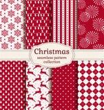 De naadloze patronen van Kerstmis Beeldverhaal polair met harten Stock Foto's