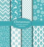 De naadloze patronen van Kerstmis Beeldverhaal polair met harten stock illustratie