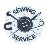 De naaiende dienst met een naald en een knoop Stock Foto