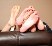 De naakte voeten van jonge geitjes Royalty-vrije Stock Afbeeldingen