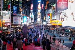 De nacht steekt Times Square aan stock afbeelding