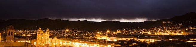 De nacht van Cusco stock foto