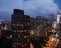 De Nacht van de binnenstad Stock Afbeeldingen