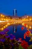 De nacht van de zomer in Boekarest Royalty-vrije Stock Afbeelding