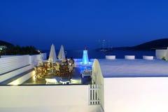 De nacht van de zomer in een Grieks eiland Royalty-vrije Stock Foto