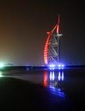 De Nacht van Doubai Stock Afbeelding