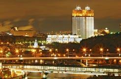 De nacht van Moskou stock fotografie