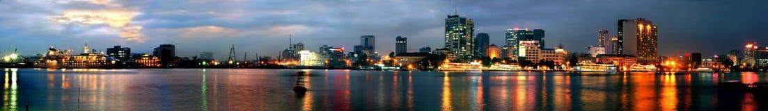 De nacht van Saigon (panorama) Stock Afbeeldingen