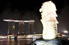 De nacht van Singapore Stock Afbeelding