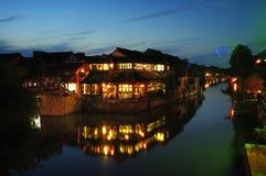 De nacht van stad XiTang Royalty-vrije Stock Afbeeldingen
