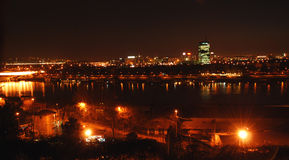 De nachtlichten van Belgrado royalty-vrije stock fotografie