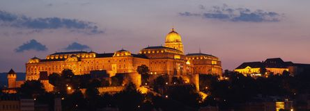 De nachtmening van Boedapest Stock Afbeeldingen