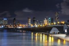 De nachtmening van Tel Aviv van oude Jaffa royalty-vrije stock foto's