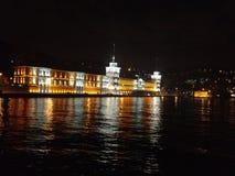 De nachtrivier van Istanboel Stock Afbeeldingen
