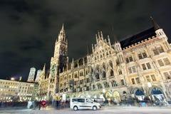 Het centrum van de Stad van München in de avond stock foto