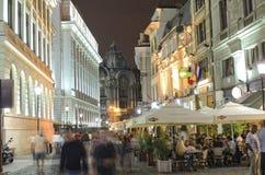 De nachtscène van Boekarest Stock Afbeelding