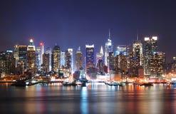 De nachtscène van de Stad van Mordern Royalty-vrije Stock Afbeelding