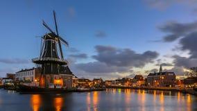 De nachtscène van Haarlem Stock Afbeeldingen