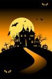 De nachtvakantie van Halloween, huis op heuvel Stock Fotografie