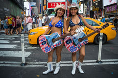De nakna cowgirlarna Arkivfoto