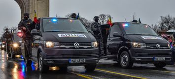 De Nationale Dag van Roemenië, Roemeense politie