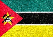 De Nationale Vlag van Mozambique van de Grungestijl Stock Foto's