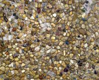De natte gekleurde stenen van de textuur Royalty-vrije Stock Foto's