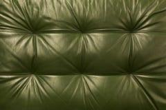 De natuurlijke groene gekleurde achtergrond van de leertextuur Abstract uitstekend de achtergrondontwerp van de koehuid Stock Foto's