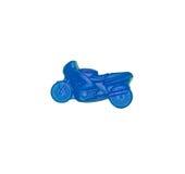 De natuurlijke met de hand gemaakte zeep isoleerde op witte achtergrond een blauwe motorfiets Royalty-vrije Stock Foto's