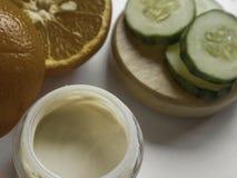 De natuurlijke remedies van de huidzorg met biologische producten stock fotografie