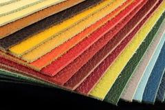 De natuurlijke steekproeven van de leerstoffering in diverse kleuren Royalty-vrije Stock Afbeeldingen