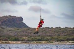 De Nederlandse Caraïbische Kustwacht maakt oefening nat stock afbeeldingen