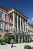 De neoklassieke bouw stock afbeeldingen